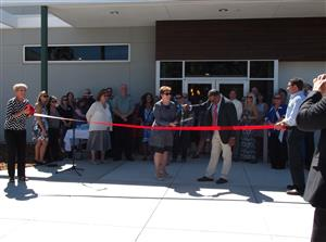 Superintendent Gavlak and Board President Ivery Hood cut ribbon at Vanden Library Ribbon Cutting Ceremony